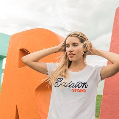 STRAND // Női Balaton Póló termékhez kapcsolódó kép