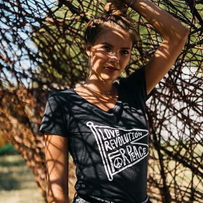 Picture of SZIGET // Lady Love Revolution flag t-shirt