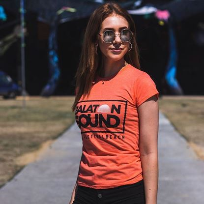 BALATON SOUND // Női Fesztiválpóló termékhez kapcsolódó kép